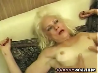 Squirting Granny Takes Tough Fucking