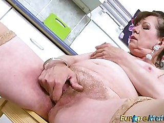 EuropeMaturE Hairy Pussy Granny Solo Temptation