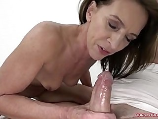 Granny with big nut fucked