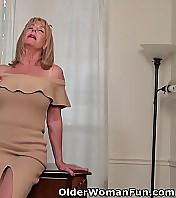 Old milf Karen Summer peels off a pair of pantyhose and rubs her unshaven pussy. Bonus video: American granny Phoenix Skye.