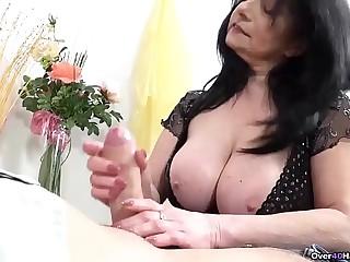 Thick Titty Granny Handjobs is Best Handjobs!