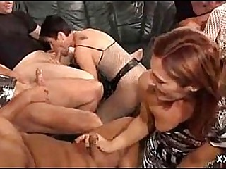 GRANNY PRIVATE Soiree MILF ORGY