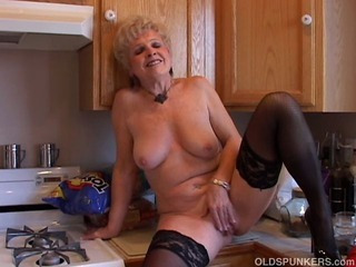 Very sexy grandma has a soddening wet pussy