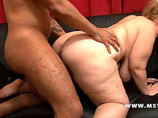 V???�deos Pornogr????ficos HD de ample ass white aged