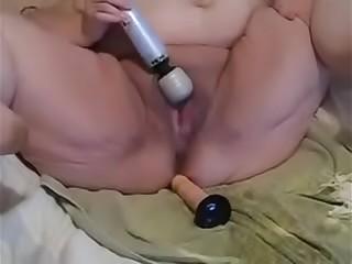 Bbw granny useing   fake penis