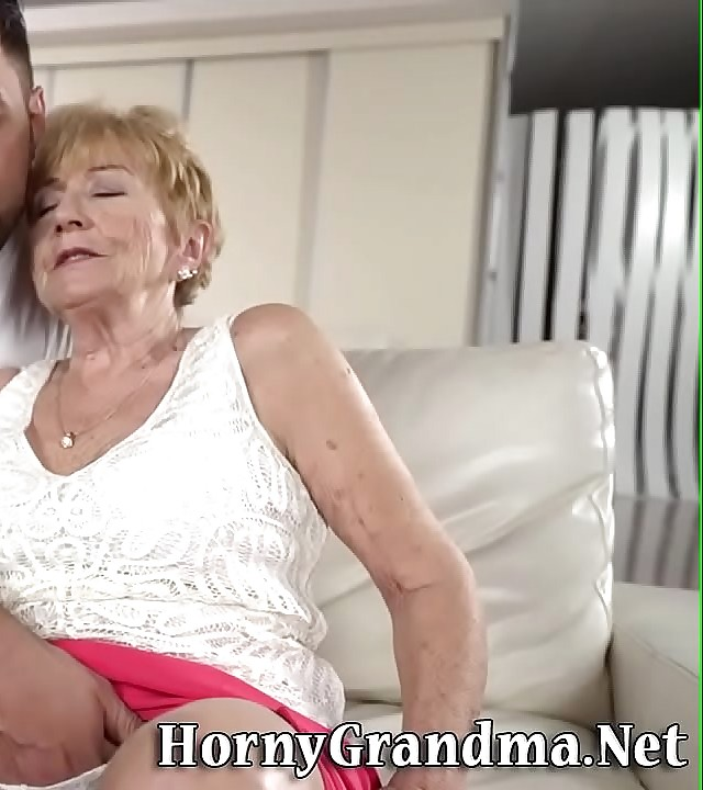 Old lady gets fingered before riding