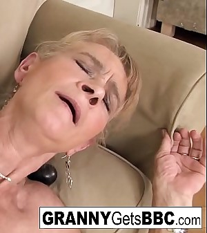 Old blonde gets a nice anal creampie from a BBC